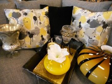 Modern pillows and vases