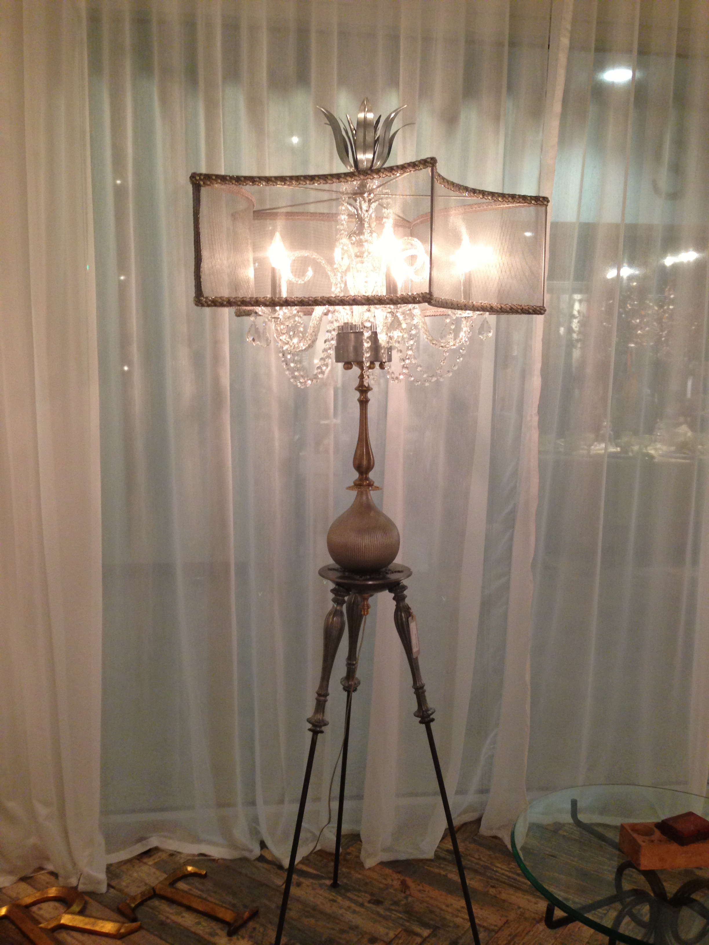 Luna Bella Floor Lamp2